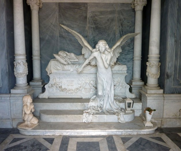 A Tomb Fit for a Queen © 2009 Veronica Morriss