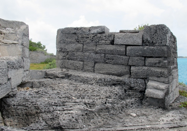 Limestone walls of the sea battery -  Photo by Douglas Inglis © 2012 the Warwick Project