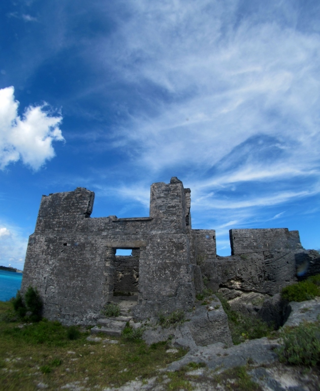 The ruins of Kings Castle fortress -  Photo by Veronica Morriss © 2012 the Warwick Project